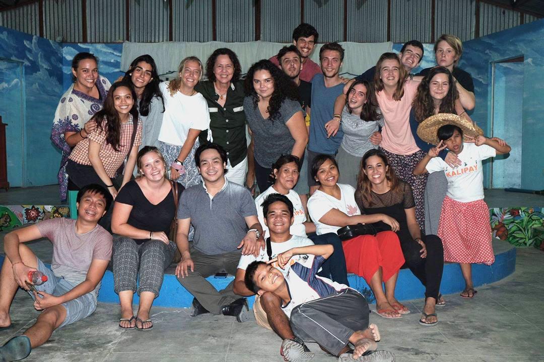 Volunteer's Night, a cultural exchange